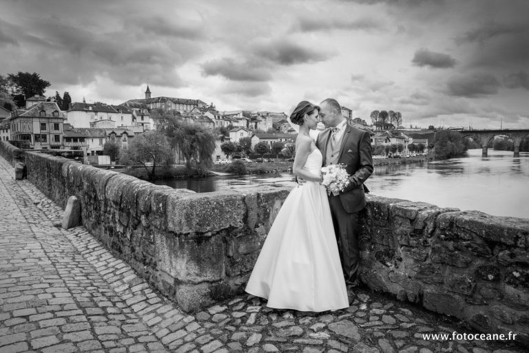 photo de mariage : photo de couple sur le pont saint-étienne