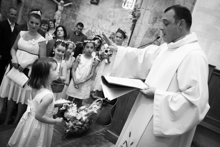 reportage photo mariage eglise benediction des alliances